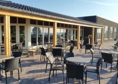 Nieuwbouw restaurant-receptie Watersportcentrum te Heerewaarden