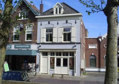 Realisatie twee appartementen en kapsalon Marktplein Geldermalsen